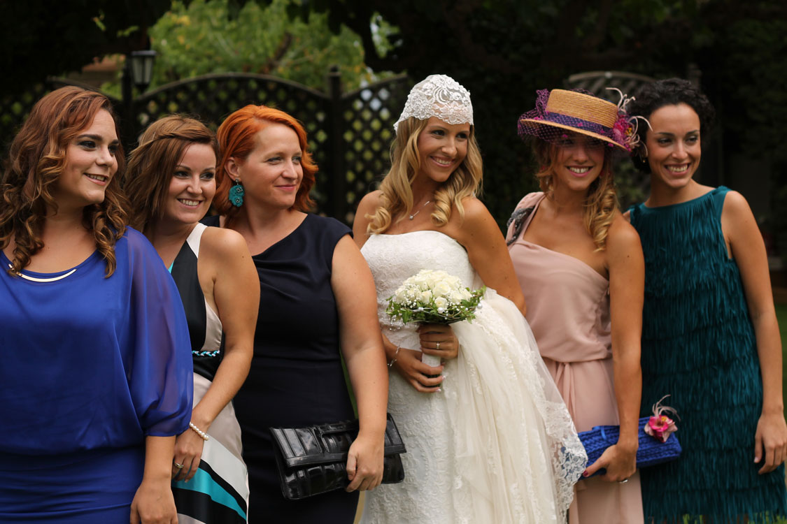 Blogtiful-Boda-friends1